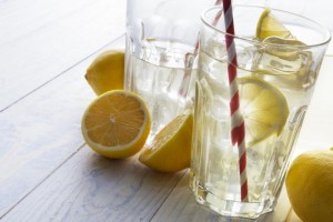 glasses-of-lemon-water