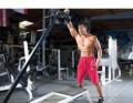 أفضل 8 تمارين لبناء عضلات صدر عملاقة بدون استخدام بنش