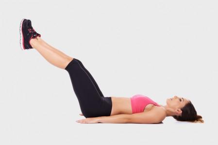 3 حركات لتقوية عضلات البطن السفلية يلافورما